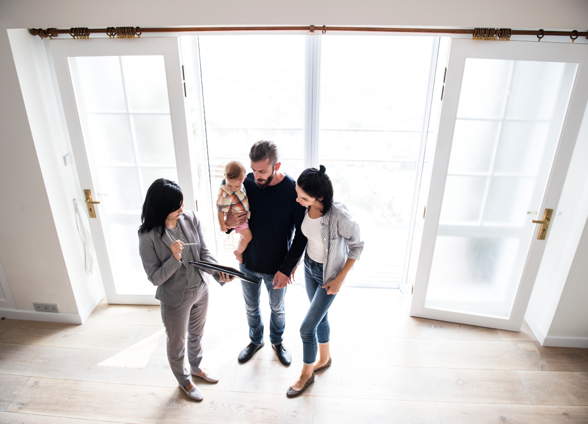 asistentes virtuales agente inmobiliario